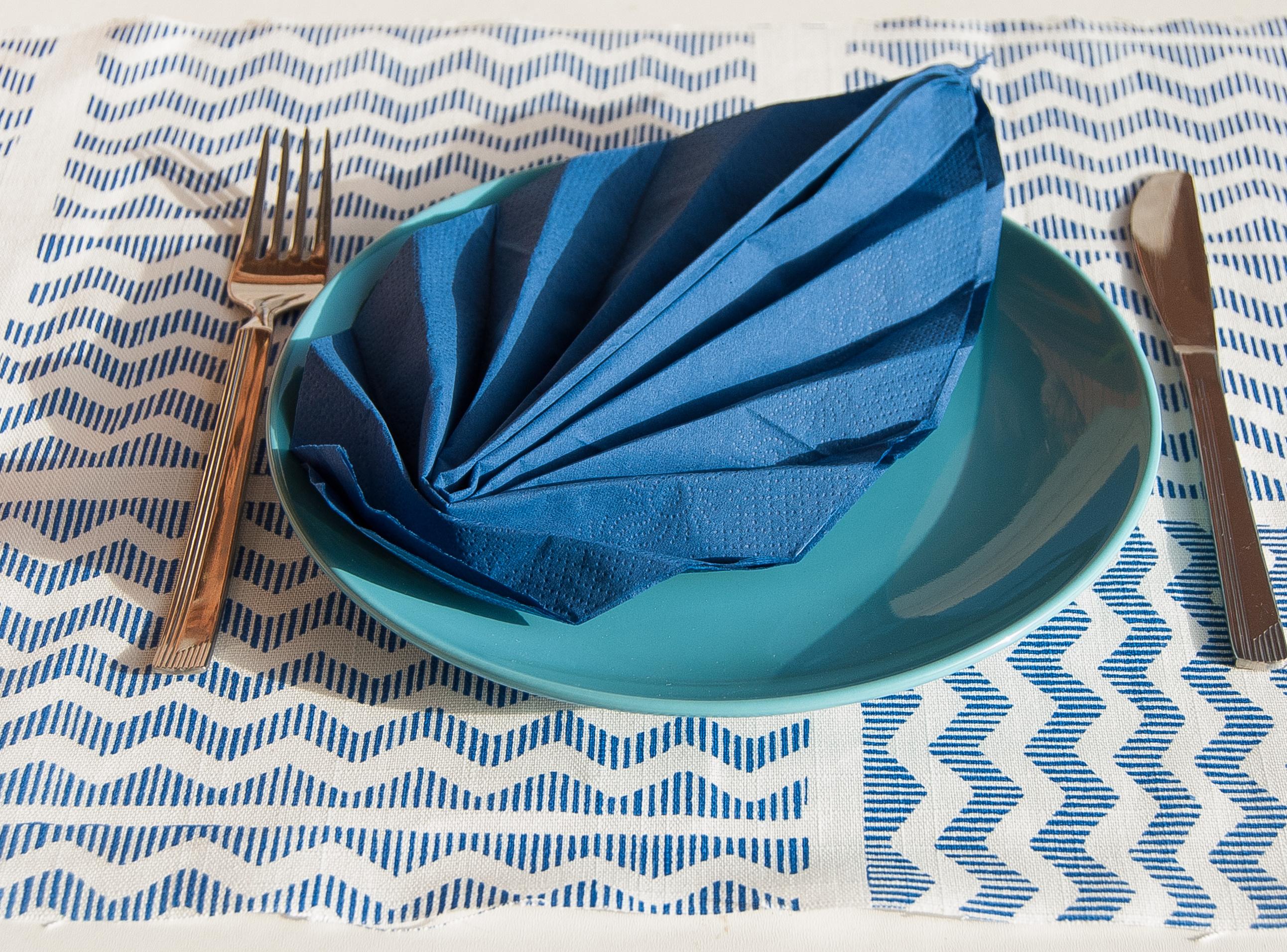 Popolare Piegare il tovagliolo a forma di foglia | Cuocaxamore OC17