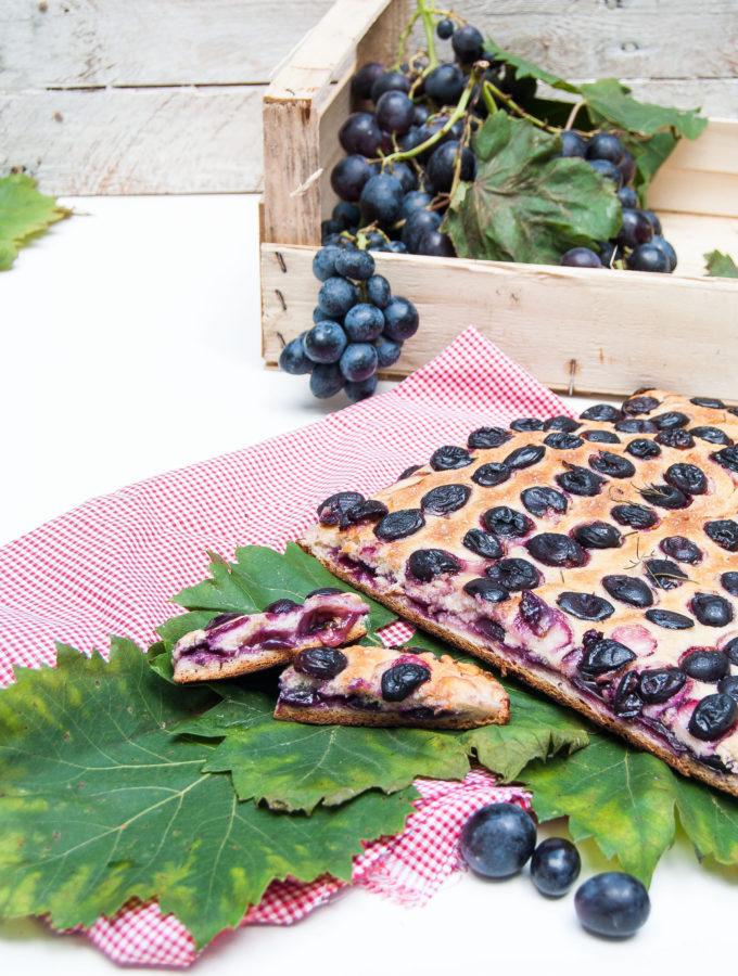 Schiacciata all'uva e rosmarino