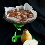 Torta Integrale al Cacao con Pere e Mandorle